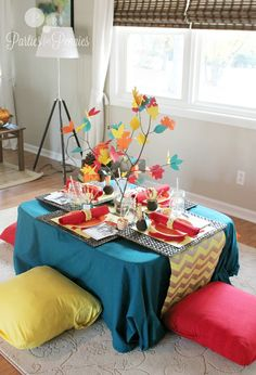 Kids Thanksgiving Table by PartiesforPennies.com