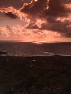 Kommen Sie nach Ustica, verbringen Sie Ihren Oster-Urlaub. buchen Sie jetzt! www.usticaislandholiday.com #HolidayEmotion #MagicUstica