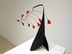 calder-1941-pace-gallery-57th-stabile-red-petals