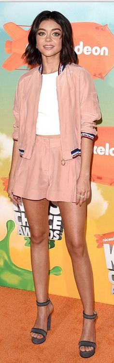 Who made Sarah Hyland's pink jacket and skirt?