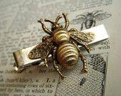 Bee Tie Bar