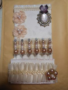 Vintage Stickpin Holder - SOLD---click for how to video!!!!