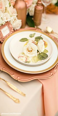 Place Setting ● Rose Gold