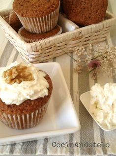 Me gustan los dulces sencillos, los de toda la vida. Las magdalenas , las rosquillas, las  tartas de manzana .... mi tarta favorita es  la t...