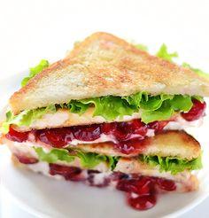 Cranberry Cream Cheese Turkey Sandwich - kitchennostalgia.com