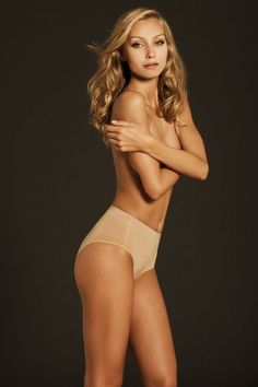 Body Wrap 47810 The Chic Slip Lites Shaping Panty - Nude - Size 10 (Small)