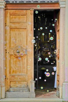 Fotograf © Hannelore Kirchner | photographer | salzburg | austria | Österreich | kirchliche Trauung | Hochzeit | wedding |  www.hannelore-kirchner.com Wedding Bunting, Salzburg Austria, Wedding Humor, Weddings, Funny, Home Decor, Church Weddings, Decoration Home, Room Decor