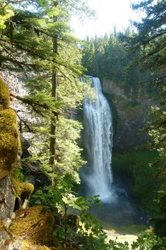 Spirit and Moon Falls – Hiking and Photography