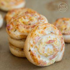 Blätterteig-Schnecken mit Käse und Schinken