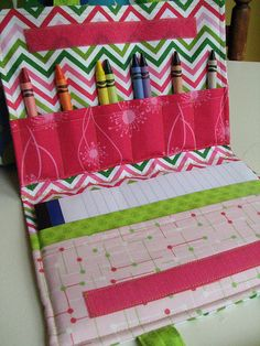 drawing pad and coloring tool tote  - made this & I love it!
