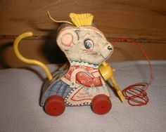 """VINTAGE """"MERRY MOUSEWIFE"""" FISHER PRICE PULL TOY 1962"""