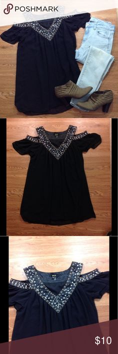 Black Sequined Beaded Cold Shoulder Top Black Sequined Beaded Cold Shoulder Top. Super cute! Has an under layer. Size small. Please use measurements but keep in mind that they are approximate and taken laid flat. Armpit to armpit- 17 inches across. Length from shoulder to bottom- approximately 32 inches. 100% polyester. Black Tops Blouses