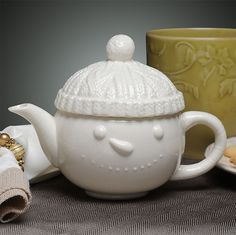 Snowman teapot, all white with toque in Aran Islands knitting pattern as lid, porcelain, Ireland