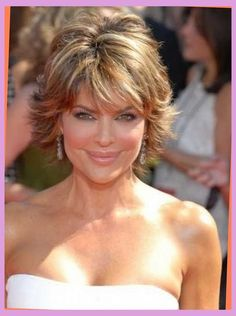 Lisa Rinna Short Layered and Highlighted Emmy Hairstyle, lisa rinna hairstyles Short Stacked Hair, Shaggy Short Hair, Short Hair With Layers, Short Hair Cuts, Haircut Short, Over 60 Hairstyles, Short Hairstyles Fine, Bob Hairstyles, Layered Hairstyles
