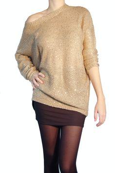 Look paillette avec ce pull beige à sequins. http://milena-moda.com/