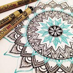 Simple Mandala Art Pattern And Designs Art Mandalas – Art Mandalas Art Drawings, Drawings, Doodle Art, Mandala Design Art, Mandala Pattern, Art, Design Art, Artsy, Pattern Art