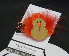 Felt feather turkey clip.