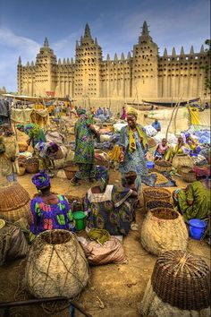 Great Mosque of Djenné, Mali, Africa ~ Click to read the historical facts of this ancient mosque.