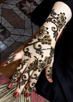 Floral Henna Designs, Unique Mehndi Designs, Beautiful Henna Designs, Pakistani Henna Designs, Arabic Henna Designs, Henna Mehndi, Mehendi, Mhndi Design, Arabian Mehndi Design