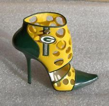 I would love these with wider heel and not so tall. Packers Funny, Go Packers, Packers Football, Greenbay Packers, Packers Memes, Football Season, Kansas City Chiefs Football, Pittsburgh Steelers, Dallas Cowboys