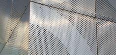 Aluminum cladding / sheet metal / perforated - ABSALONSKOLEN by Erik Møller Arkitekter & Holscher Arkiter - RMIG