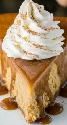Pumpkin Cheesecake - easy and has just the right amount of pumpkin flavor. It tastes exactly like a cheesecake that crossed paths with a pumpkin pie - the best of both worlds