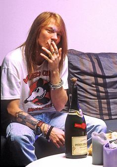 Axl Rose, the things I would have done too this man.