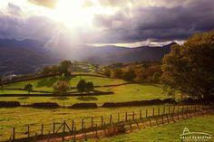 Preciosos atardeceres de otoño en el Valle de Baztán, #Navarra (By @valledebaztan_ / Twitter)