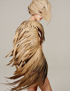 the talented made this recycled bird costume for Tush Magazine Costume Halloween, Bird Costume, Mardi Gras Costumes, Recycled Costumes, Diy Costumes, Costumes For Women, Costume Ideas, Eagle Costume, Cardboard Costume