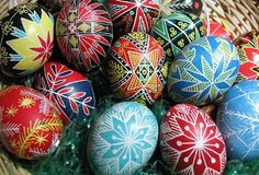 From the Forums: Natural Easter Egg Dyes : TreeHugger - natural an organic are what it is all about