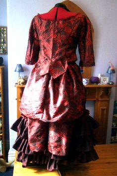 "Clara Oswin Oswald (Rear View) - Doctor Who ""The Snowmen"""