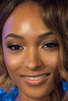 Close-up of Jourdan Dunn at the 2016 London premiere of 'Zoolander 2'. http://beautyeditor.ca/2016/02/08/best-beauty-looks-holliday-grainger