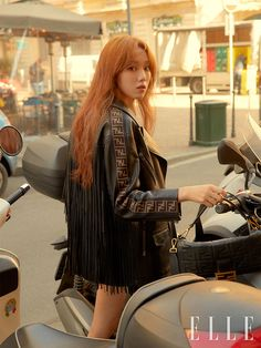 Actress and model Lee Sung Kyung has posed for 'Elle Korea'.While visiting Milan for the 2019 fashion week, Lee Sung Kyung attended the Fendi show… Asian Actors, Korean Actresses, Korean Actors, Actors & Actresses, Korean Celebrities, Lee Sung Kyung Photoshoot, Nam Joo Hyuk Lee Sung Kyung, Lee Sung Kyung Hair, Dramas