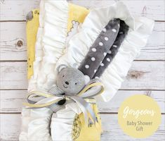 Dream Big Cuddle Baby Blanket Sewing Tutorial so cute for a baby shower gift