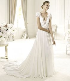Elie Saab's Extraordinary 2013 Collection for Pronovias Elie: this is sleek and sexy and classy all at the same time