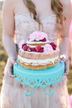 Bohemian glam wedding inspiration   photo by Lauren Fair Photography   100 Layer Cake