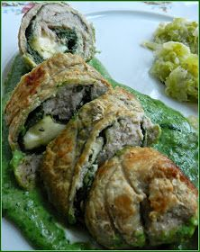 Paproszkowe smaki...: Roladki schabowe w zielonym sosie. Quiche, Sushi, Breakfast, Ethnic Recipes, Food, Morning Coffee, Quiches, Meals, Yemek