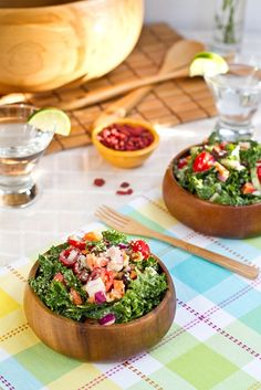 Weekend Glow Kale Salad...i made this salad and it was AWESOME. Added strawberries, walnuts and avocado on top...even my boyfriend likes it (success)