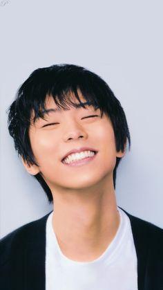 Ice Skating, Figure Skating, Male Figure Skaters, Yuzuru Hanyu, Japanese Figure Skater, Eyes Emoji, Def Not, Fluffy Hair, Olympic Champion