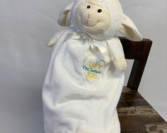Personalized lamb Adoption Gift First Communion gift First Communion Gifts, Baptism Gifts, Baby Baptism, Baby Lamb, Baby Boy, Baby Girls, Giraffe Blanket, Adoption Gifts, Embroidered Gifts
