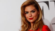 FOX NEWS: Kate Upton pumps breast milk in a 'Valentines Day dinner pregame' photo: 'Just Keep Pumpin' SupermodelKate Uptonshared a photo of herself getting ready for a Valentine's Day dinner date with husband Justin Verlander. Vancouver Canucks, Calgary, Selfie Show, William H Macy, Worlds Beautiful Women, Justin Verlander, Valentines Day Dinner, Sports Illustrated, Girl Face