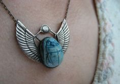 | egyptian necklace |