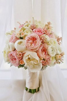 24 Most Popular Wedding Flowers In Bridal Bouquets ❤ See more: http://www.weddingforward.com/popular-wedding-flowers/ #weddings #bouquets