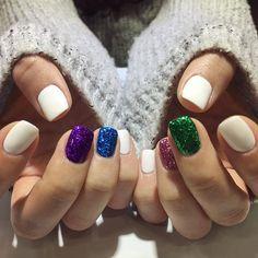 #네일 #네일아트 #글리터네일 #현정킴글리터 #크리스마스네일 #심플한네일 #젤네일 #네일스타그램 #glitter #glitternails #notd #nailart #gelnails #handpainting #handpaintednails #naildesign #nailartist #nailshop #nailstagram #pedi #pedicure #beauty #iphonese