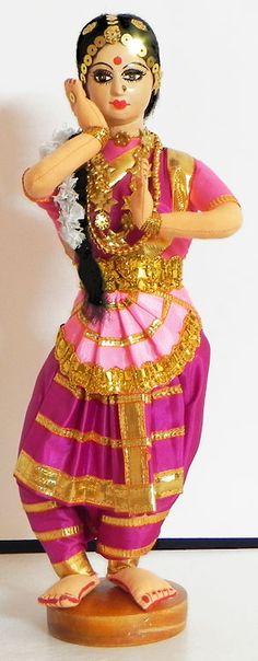 Indian Bharatnatyam Dancer - Cloth