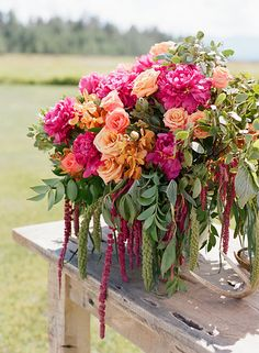 Floral design: Lily & Co. Photography: Carrie Patterson Jackson Hole Wedding