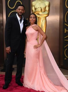 Oscars 2014 Red Carpet Will Smith and Jada Pinkett Smith~ The actors gussied up in a classy Versace dress (for her) and a suave Berluti suit (for him) as they took in the show with plenty of their fellow A-listers. Jaden Smith, Will And Jada Smith, Will Smith And Family, Jada Pinkett Smith, Willow Smith, Black Couples, Cute Couples, Black Celebrity Couples, Power Couples