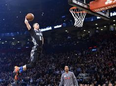 Zach LaVine puts on a show to win second straight dunk contest Zach Lavine, Sports Channel, Toronto Star, Slam Dunk, Blow Your Mind, Sports News, All Star, Champion, Basketball Court