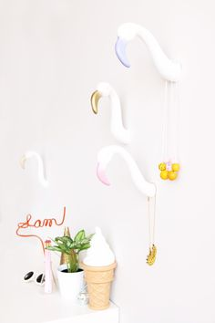 Aww, Sam: DIY Flamingo Wall Hooks
