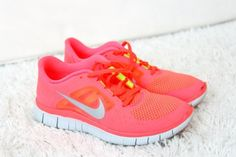 $49 for nike #shoes 60% off. Nikes. size 8.